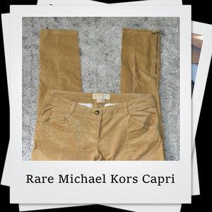 🎉🎉🎉 PRICE DROP Rare Michael Kors Velvet Capri